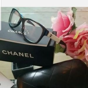 $800 Auth Chanel flex hinge eyeglasses